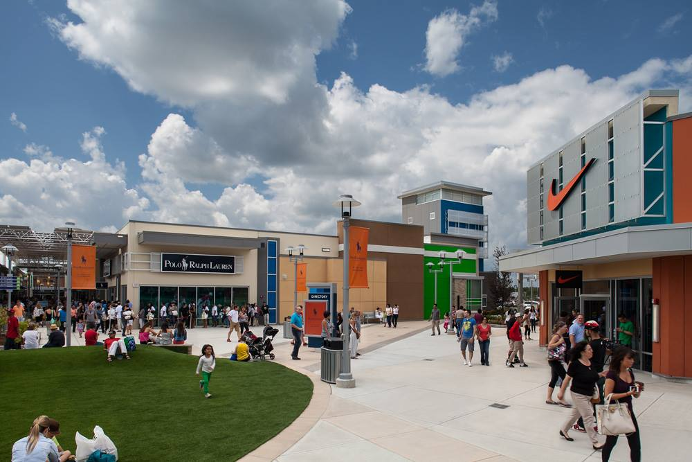 c915cbb7b0b Toronto Premium Outlets Announces New Luxury Retailers and Expansion ...
