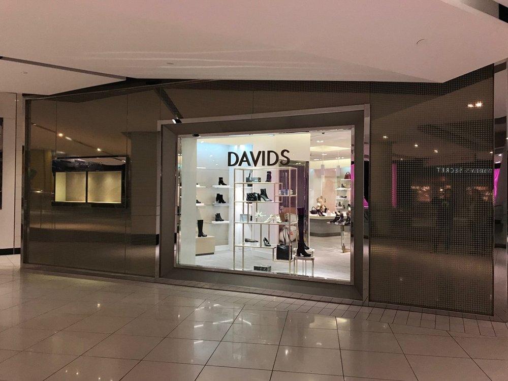 CF Rideau Centre (Ottawa) location. Photo: Davids Footwear