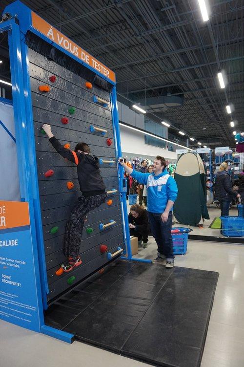 Indoor Climbing (Testing Innovation) by Decathlon