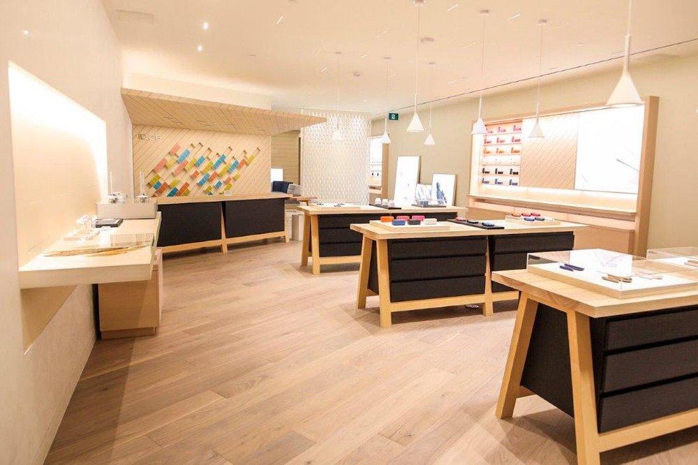 WEM IQOS Store-1.jpg