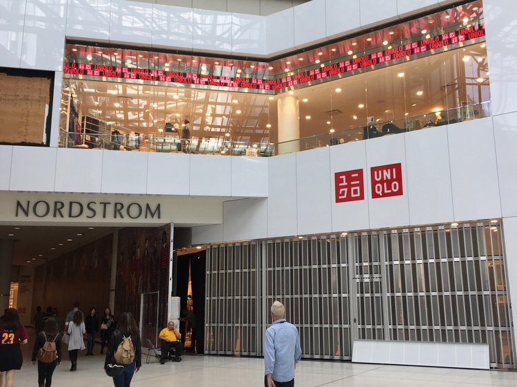 MAIN ENTRANCE TO UNIQLO in 2016 withIN THE DUNDAS ATRIUM OF CF TORONTO EATON CENTRE. PHOTO: DEVON JOHNSON