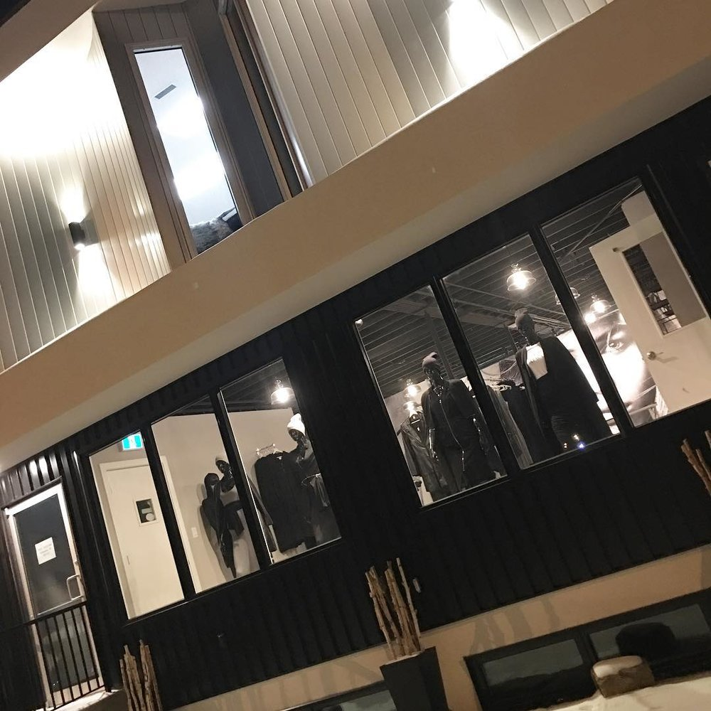 Emmydeveaux'S NEW STOREFRONT