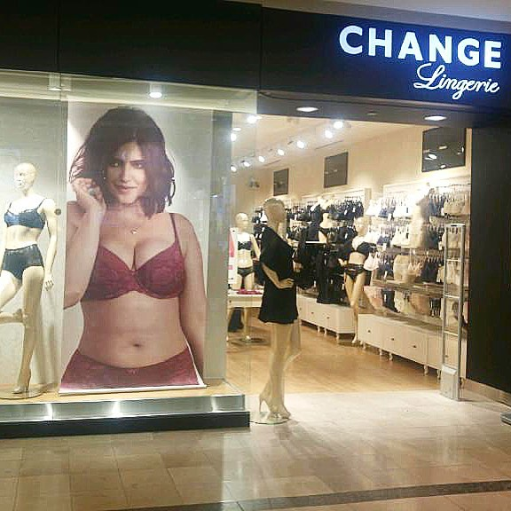 CF sherway gardens (Toronto) Location. Photo: CHANGE Lingerie Facebook