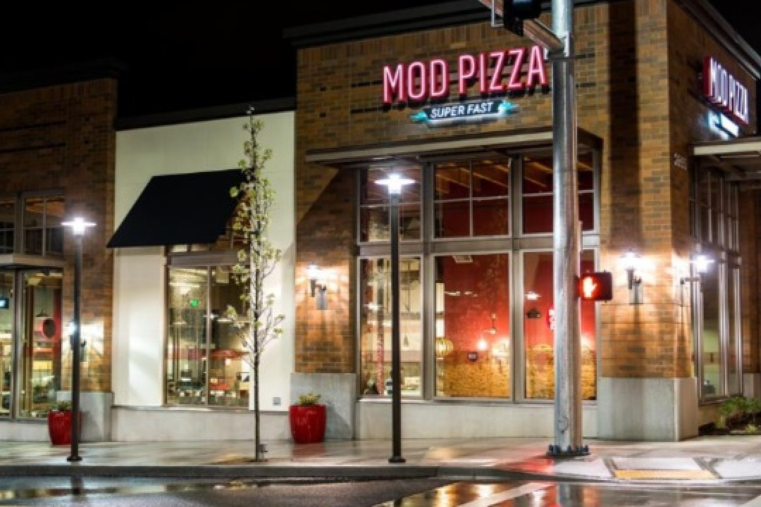 Popular Us Chain Mod Pizza To Enter Canada Amid
