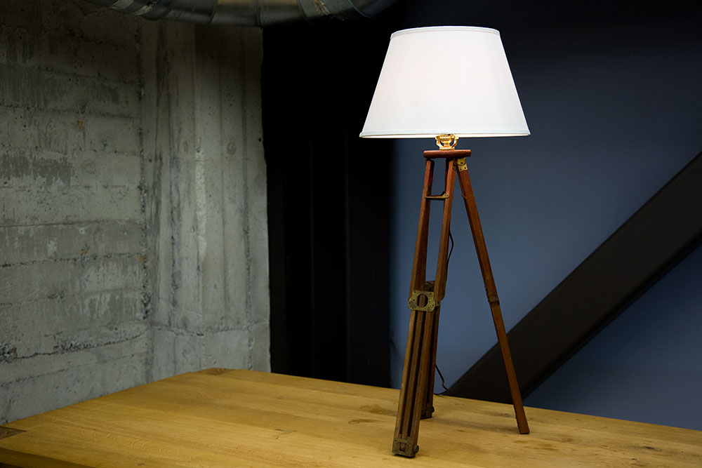tripod-table-lamp-vintage-wooden-original.jpg