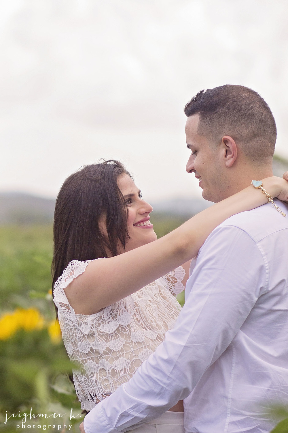 Sunflower Field Engagement Session 4.jpg