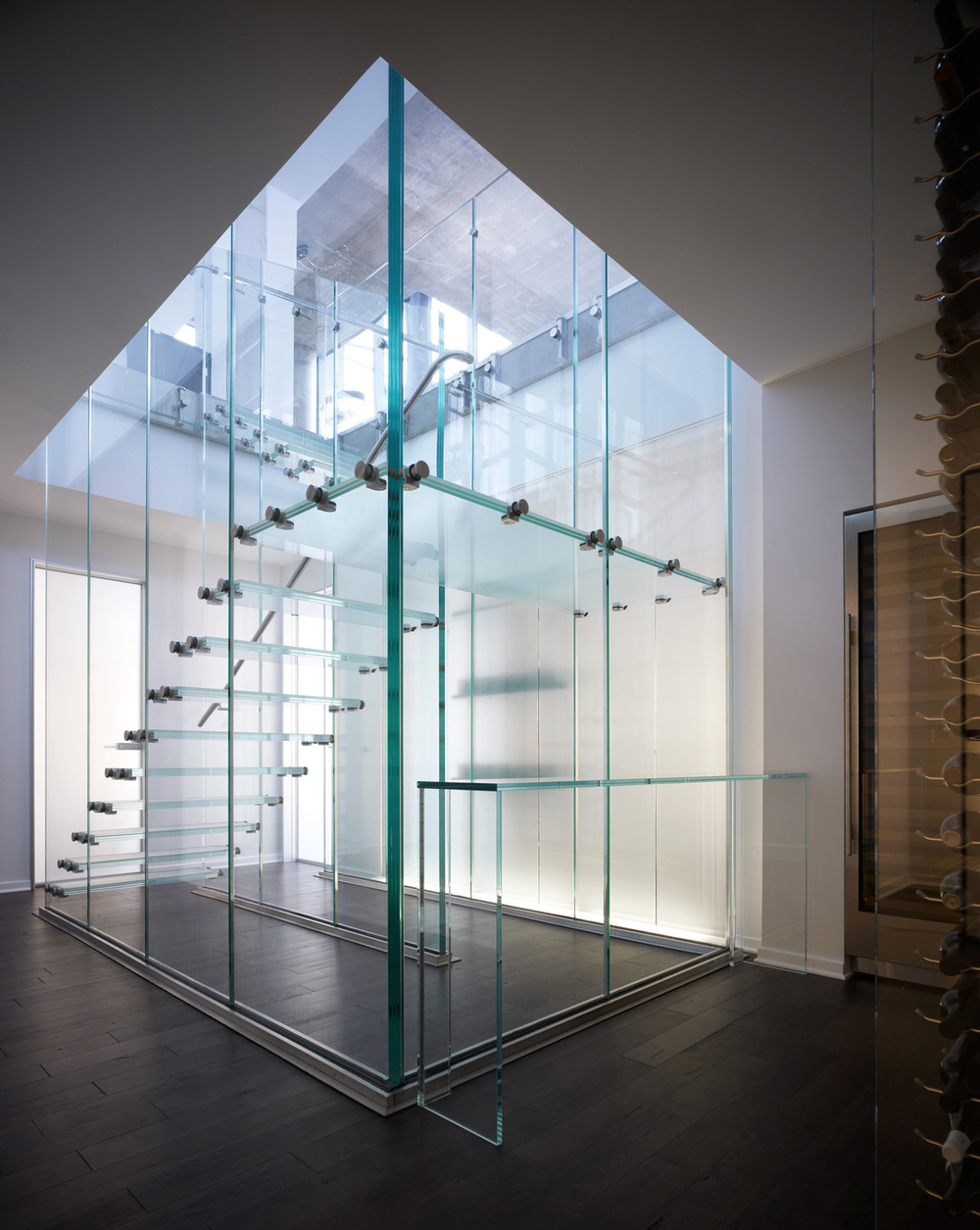 Glass Stair (5).jpg