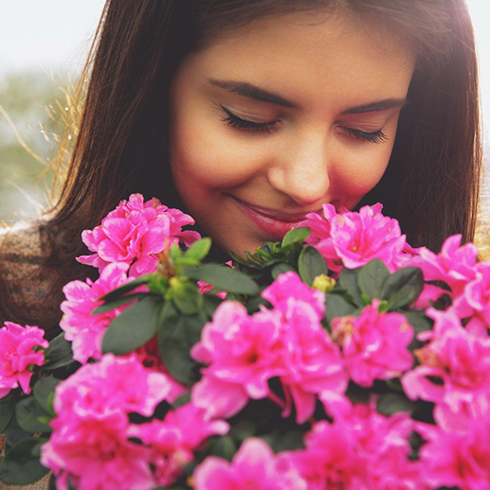 flowersGirl.jpg