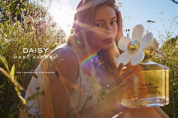 marc_jacobs_miss_daisy_ad_campaign_advertising_spring_summer_2014_02.jpg