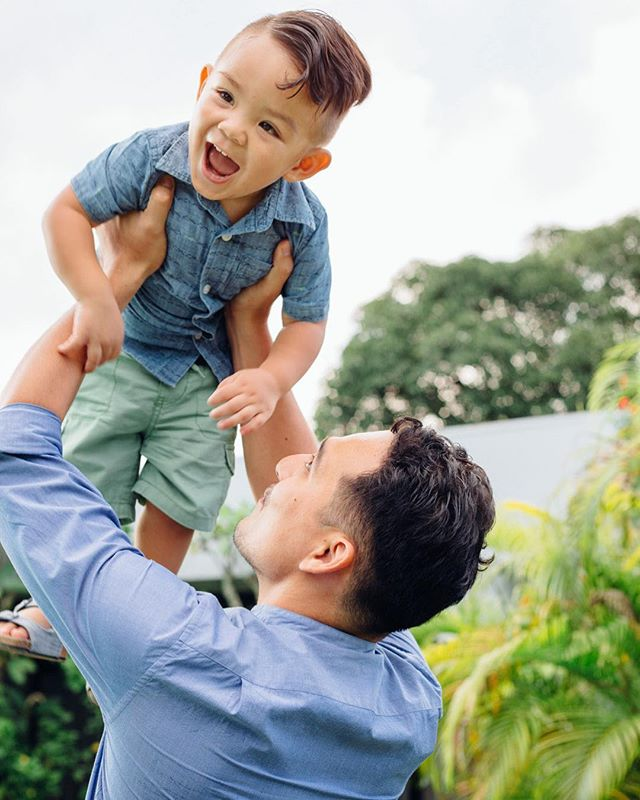 Doesn't that just melt your heart ❤️ — Email me at jackkayephoto@gmail.com and book your family lifestyle session today! -- #familyphotography #family #lifestylephotography #lifestyle #fatherandson #cebu #photographer