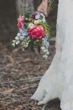 Again, let the beauty speak for itself in simpler, bright floral bouquets.