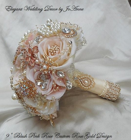 This bouquet is the perfect mix of roses and sparkle.