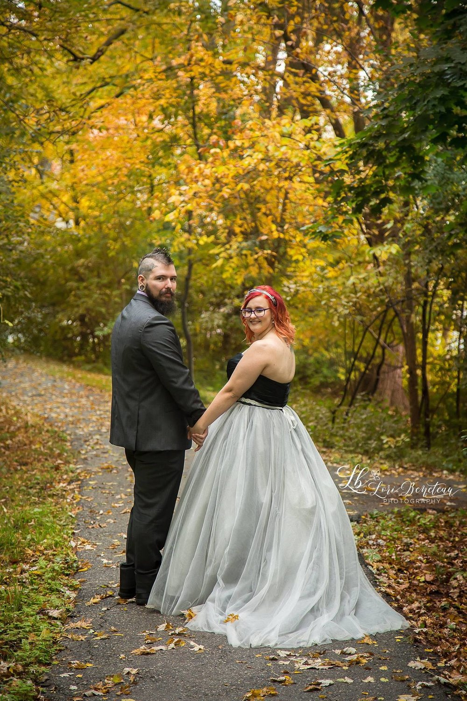 Bride: Samantha Photographer: Lori Beneteau Photography