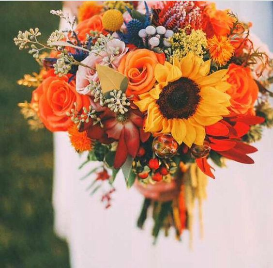 How To Pick Your Fall Bouquet | Bridal Shop | Wedding Dresses ...