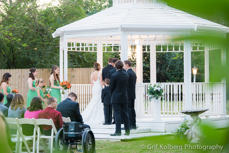 Beautiful outdoor wedding ceremony at Ella's Garden, Tomball, TX, Tomball Wedding Photography