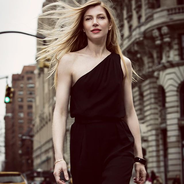 The lovely @vanessagreca for @thecut and @nexxushair #fbf . . . . . . . #nymag #thecut #nexxus #hair #locationshoot #beauty #streetphotography #instahair #nycbeautyphotographer #melindadimaurophotography #ilovemyjob