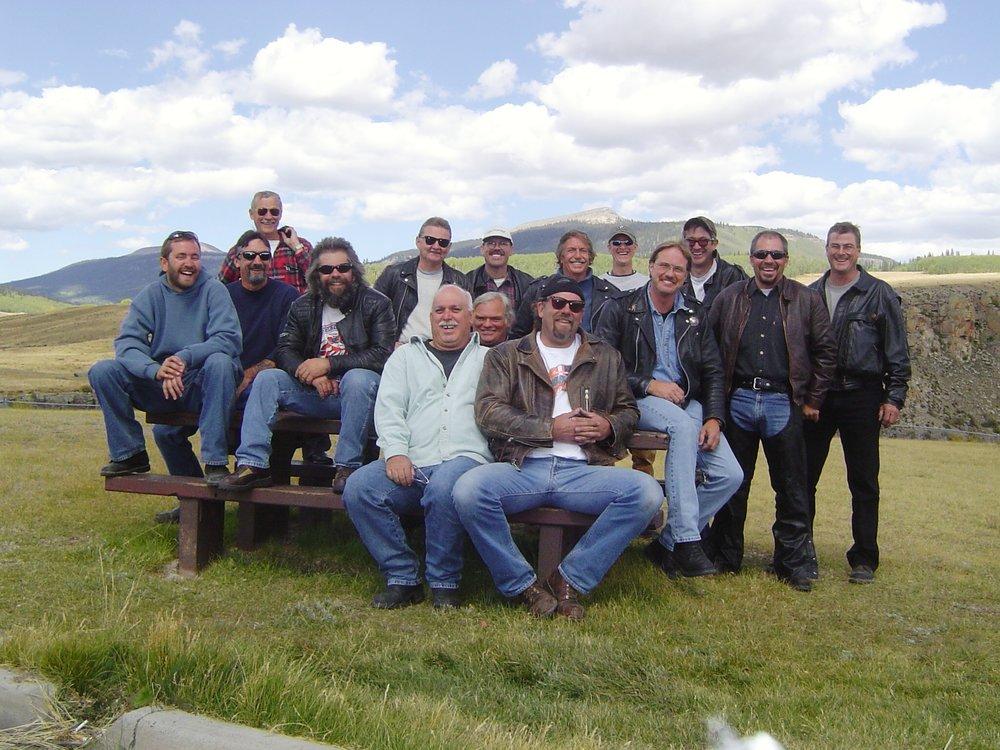 Group Shot 2004 Gunnison Road Ride.JPG
