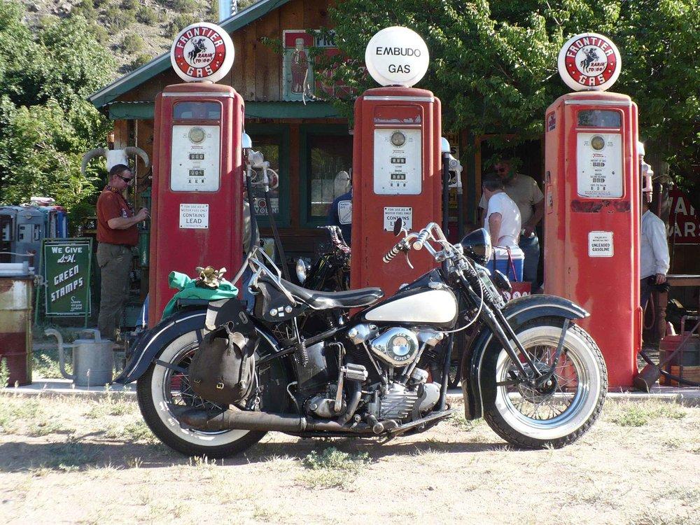 embudo gas stop.jpg