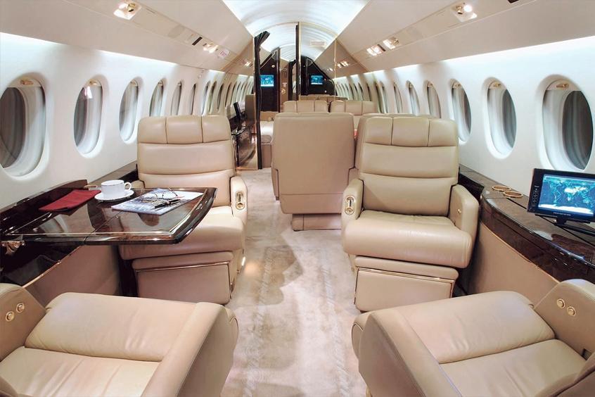 Falcon900-Interior.jpg
