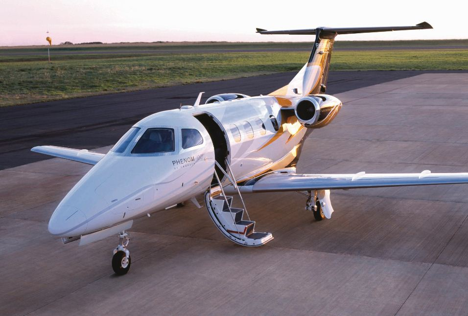 Phenom-100-Embraer.jpg