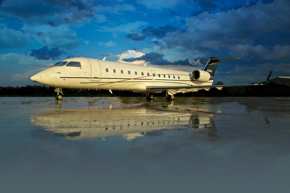 CRJ-200-VIP-Exterior.jpg