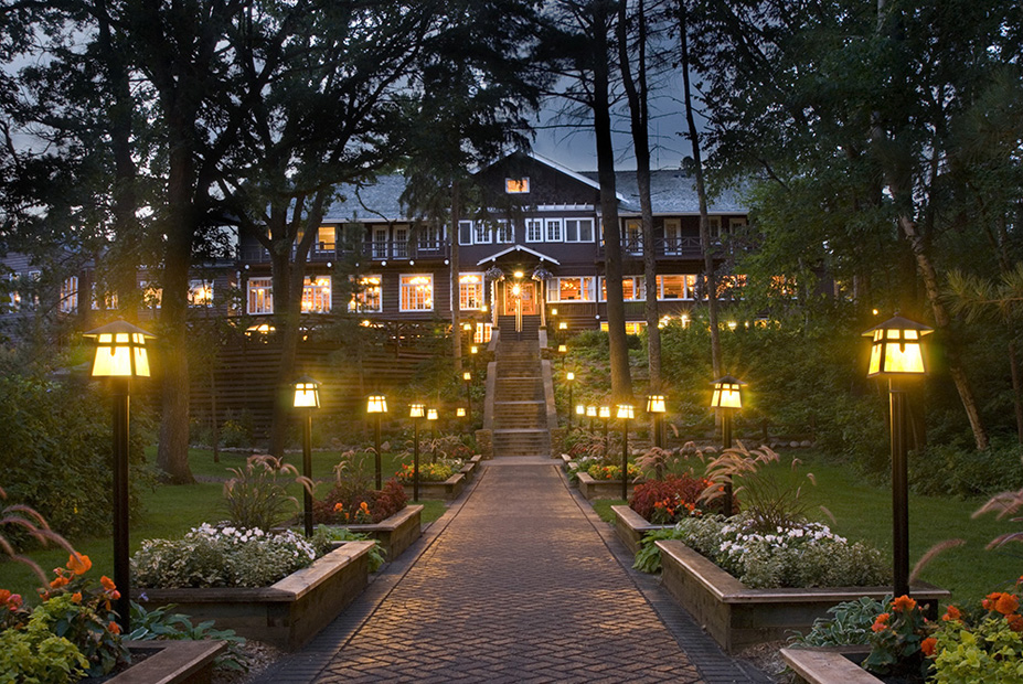 Grand View Lodge.jpg