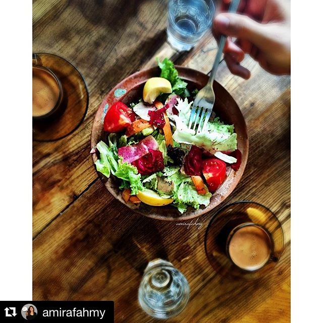#Repost @amirafahmy with @repostapp. ・・・ 🇹🇷⭕️🍴🍃🍅🍃⭕️🇹🇷 Vegan breakfast #vegan #veganism #veganfood #veganfoodporn #veganfoodshare #whatveganseat #veganistanbul #vegantravels #vegantravel #food #foodie #foodshare #foodporn #crueltyfree #healthy #istanbulturkey #istanbul #salad #salata #hellagoodassveganfood #turkishcoffee #ontheplate #onthetable #veggies #fromwhereistand #datlimaya