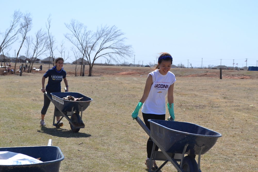 CT volunteers Little River 3.18.14-14.JPG