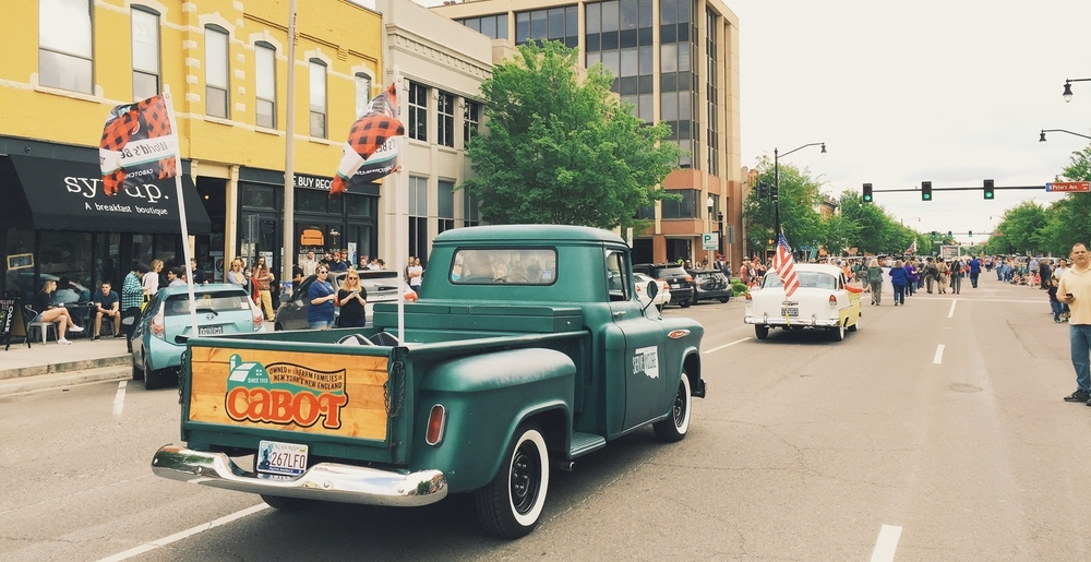 Serve Moore debuts the new Serve Moore Truck at the Norman, OK '89er Day Parade. The truck is a joint venture with Cabot Creamery and local automotive & arts businesses to encourage volunteerism in Central Oklahoma.
