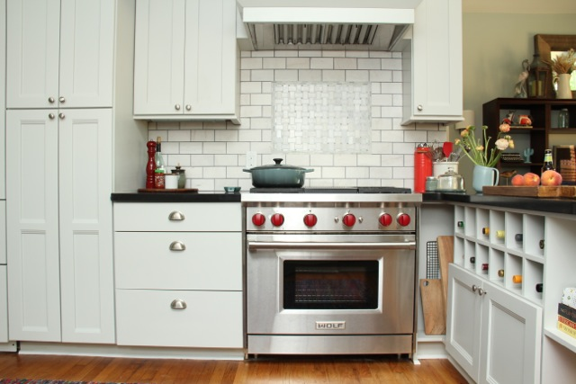 shaker-cabinets-kitchen-design-wolf-gray-light-gray-kitchen-cabinets.jpg