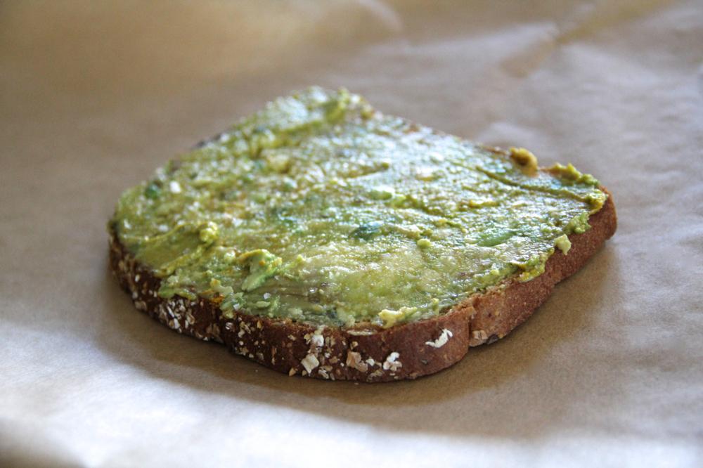 toast-avocado-tumeric-asimplerdesign