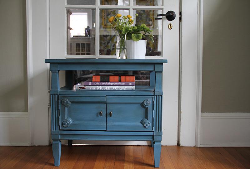 aubusson-blue-nightstand
