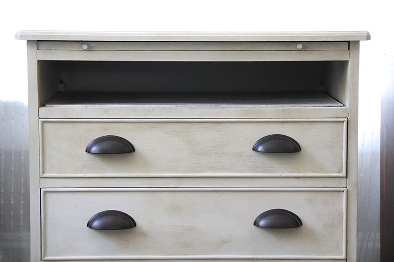 Before Amp After Transforming A Dresser With Drawer Pulls