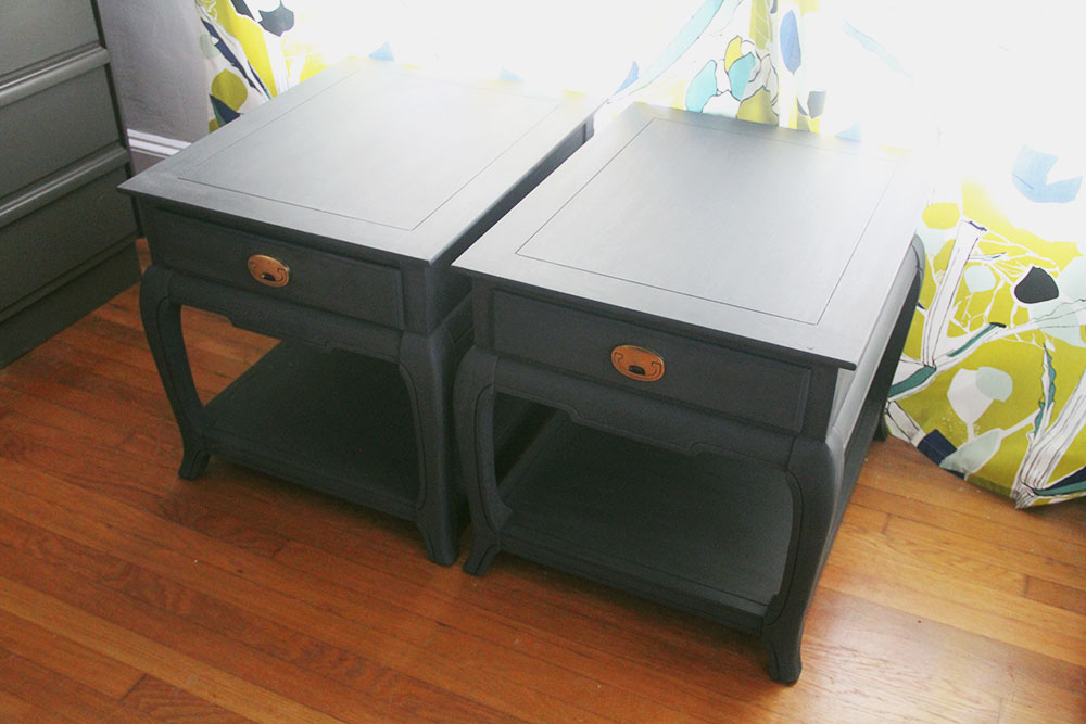 a-simpler-design-jo-torrijos-annie-sloan-grahpite-side-tables