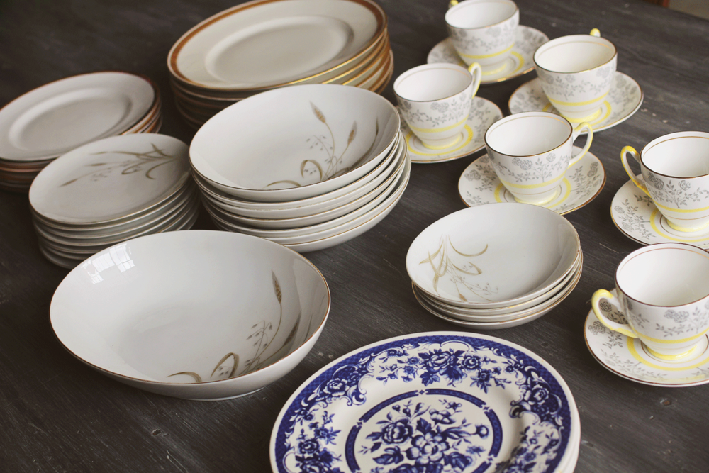 The one thing I was picky about was making sure the whites of the varying plates were on par. You might assume all vintage plates are the same white ... & Vintage Dinnerware: Mixing Color and Pattern \u2014 A Simpler Design: a ...