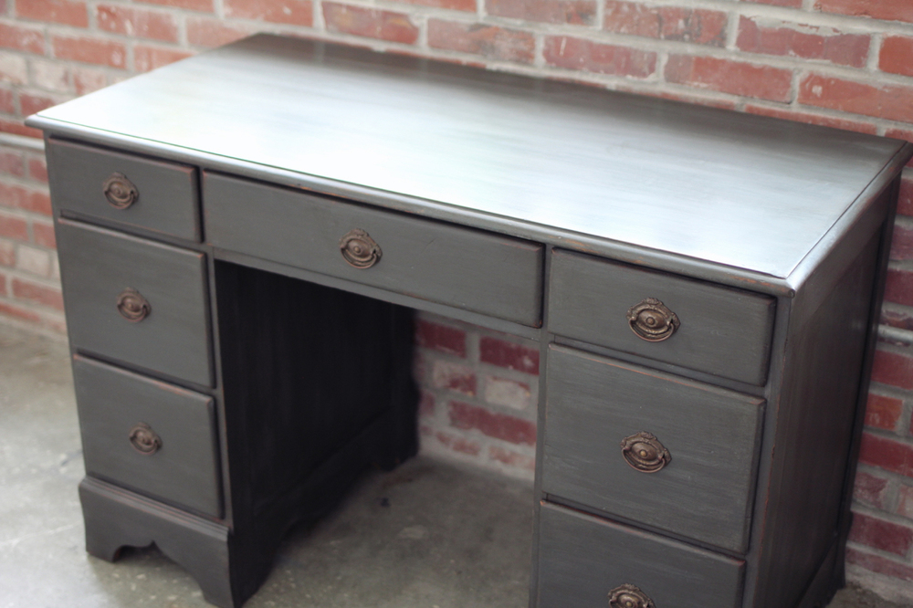 industrial vintage style graphite dresser and painting techniques