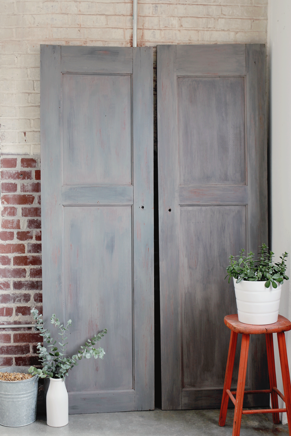 Creating The Look Of Vintage Gray Barn Wood Doors U2014 A Simpler Design: A Hub  For All Things Creative. STYLIST | PHOTOGRAPHY | GRAPHIC DESIGN | HOME DECOR
