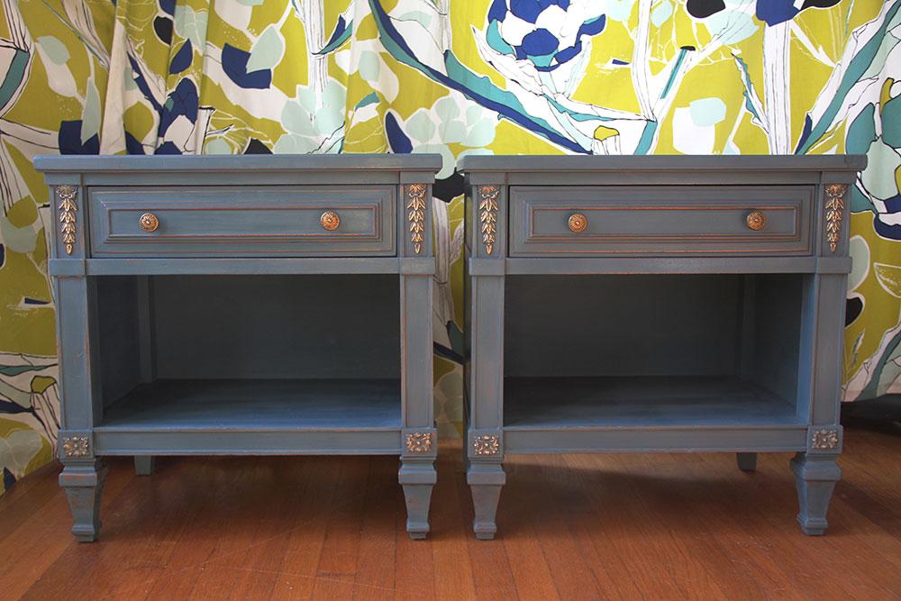 a-simpler-design-jo-torrijos-annie-sloan-blue-nightstands-3.jpg