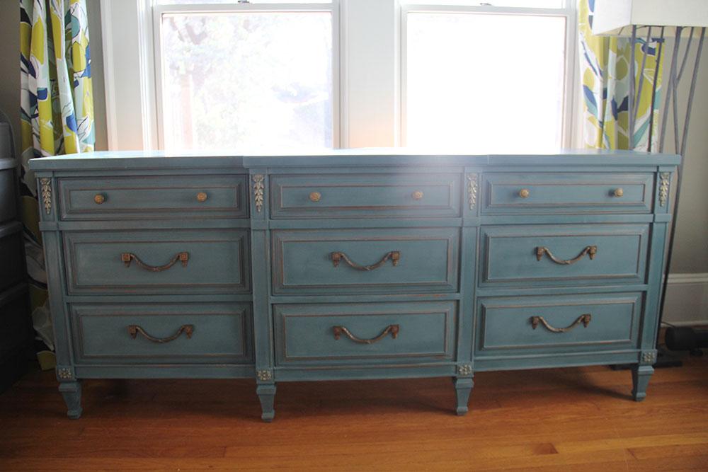 a-simpler-design-jo-torrijos-annie-sloan-aubusson-blue-dresser-9.jpg