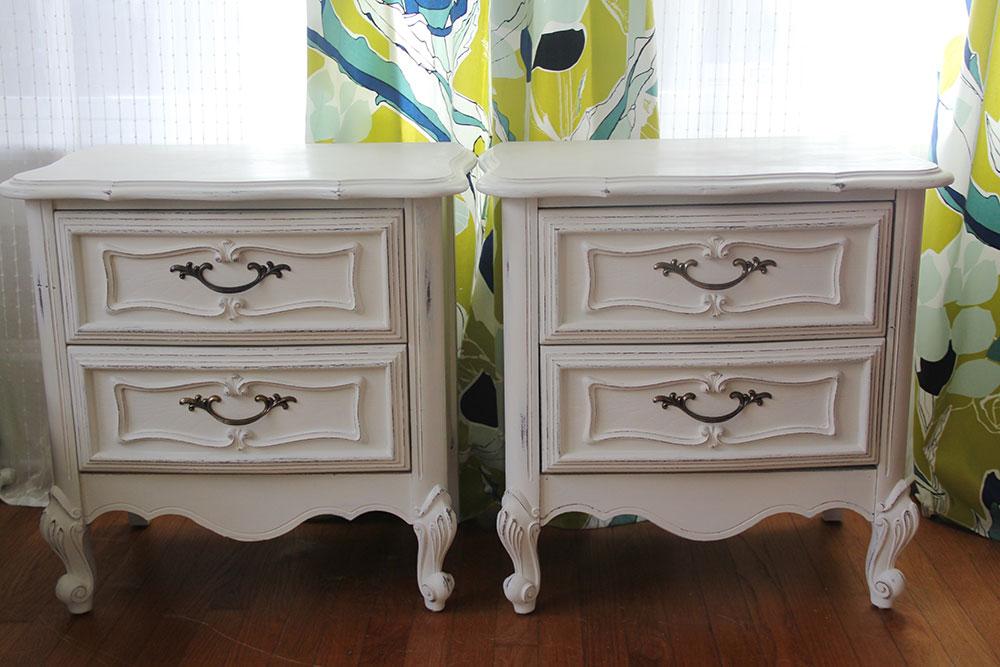 a-simpler-design-jo-torrijos-annie-sloan-old-white-nightstands-5.jpg