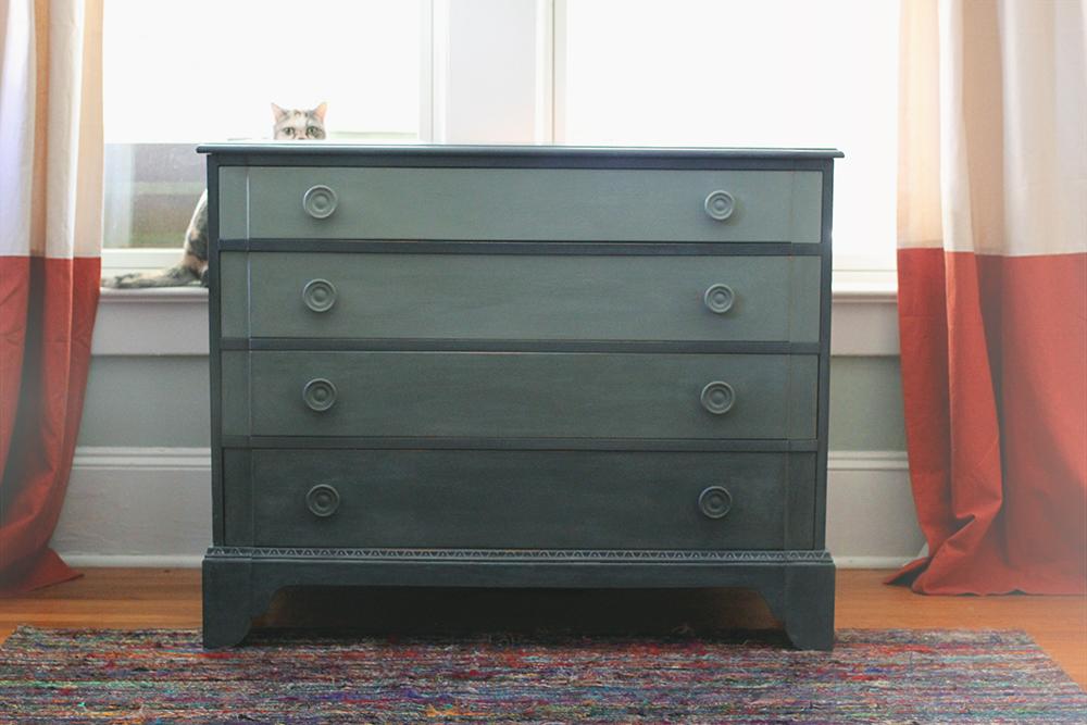 jotorrijos-jo-torrijos-asimplerdesign-anniesloan-chalkpaint-dresser-frenchprovincial.jpeg