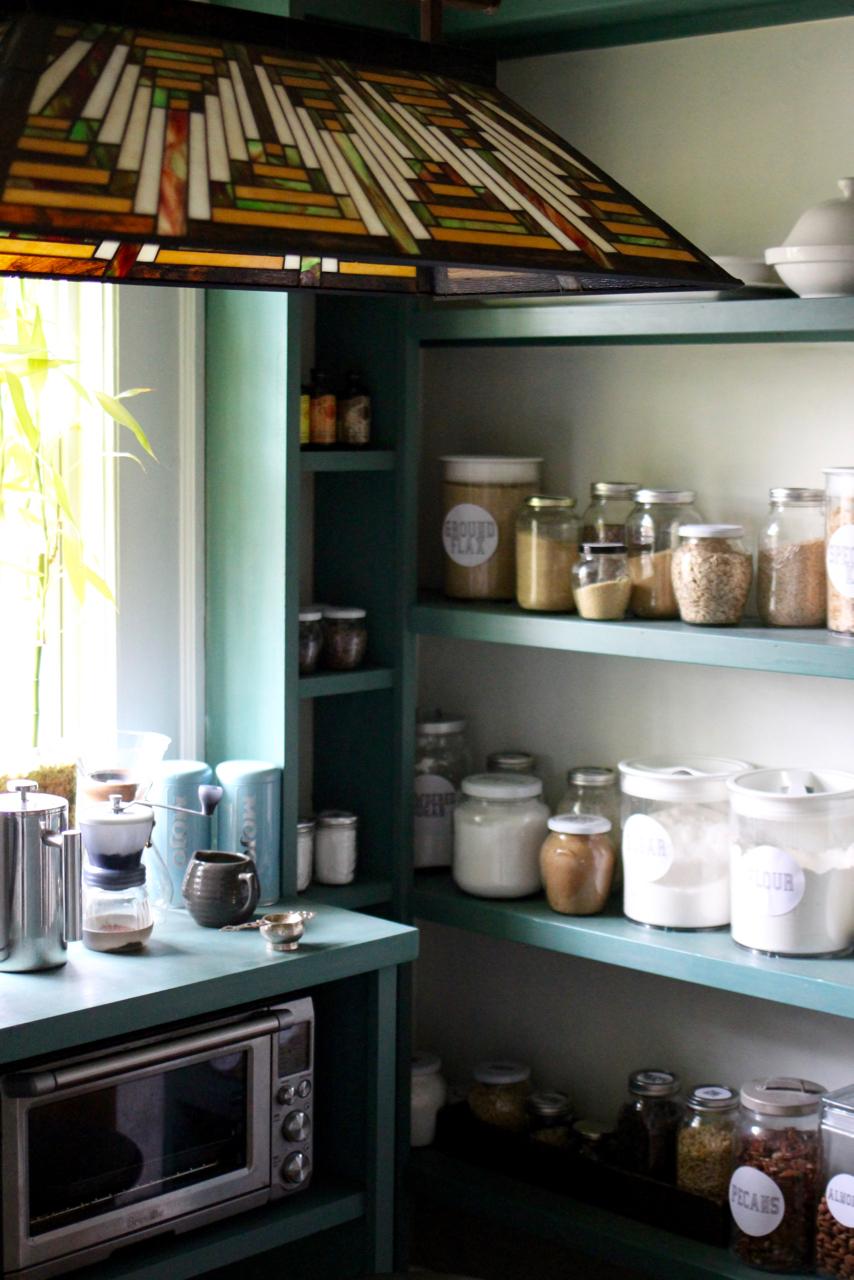 jo-torrijos-a-simpler-design-atlanta-interior-design-pantry-10.jpg