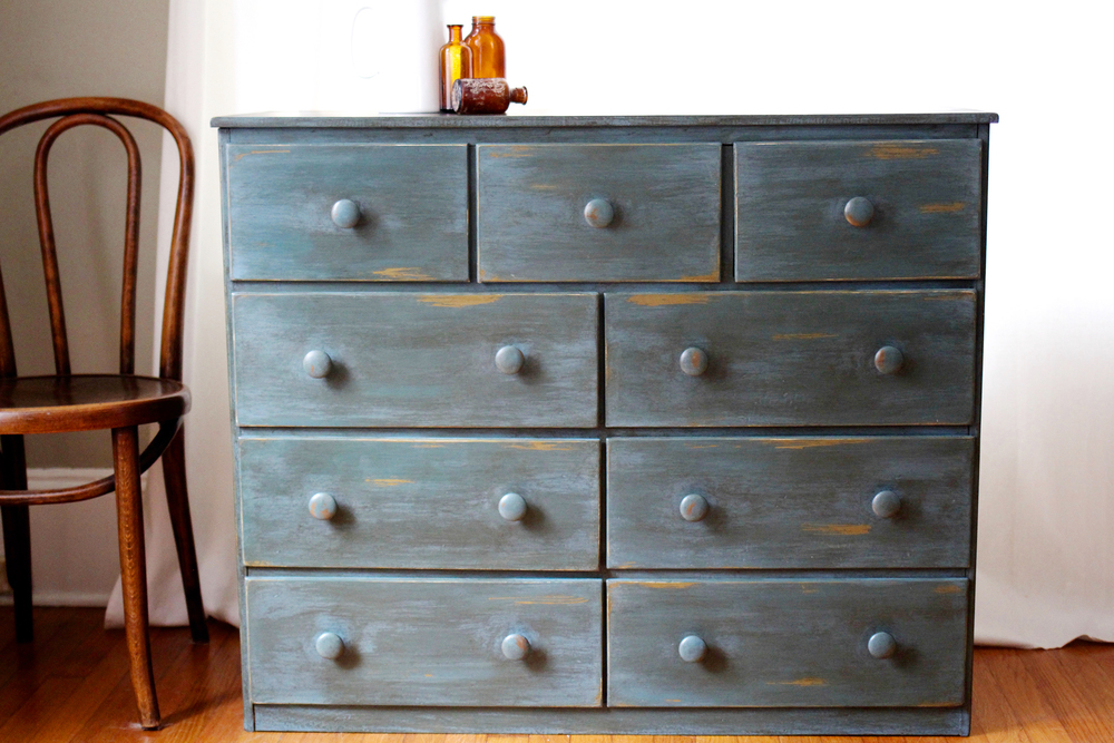 This Dresser Was Already Painted In An Olive Paint Color. Itu0027s Not Annie  Sloanu0027s Olive, But If You Were Trying To Recreate This Exact Look And Want  To Work ...