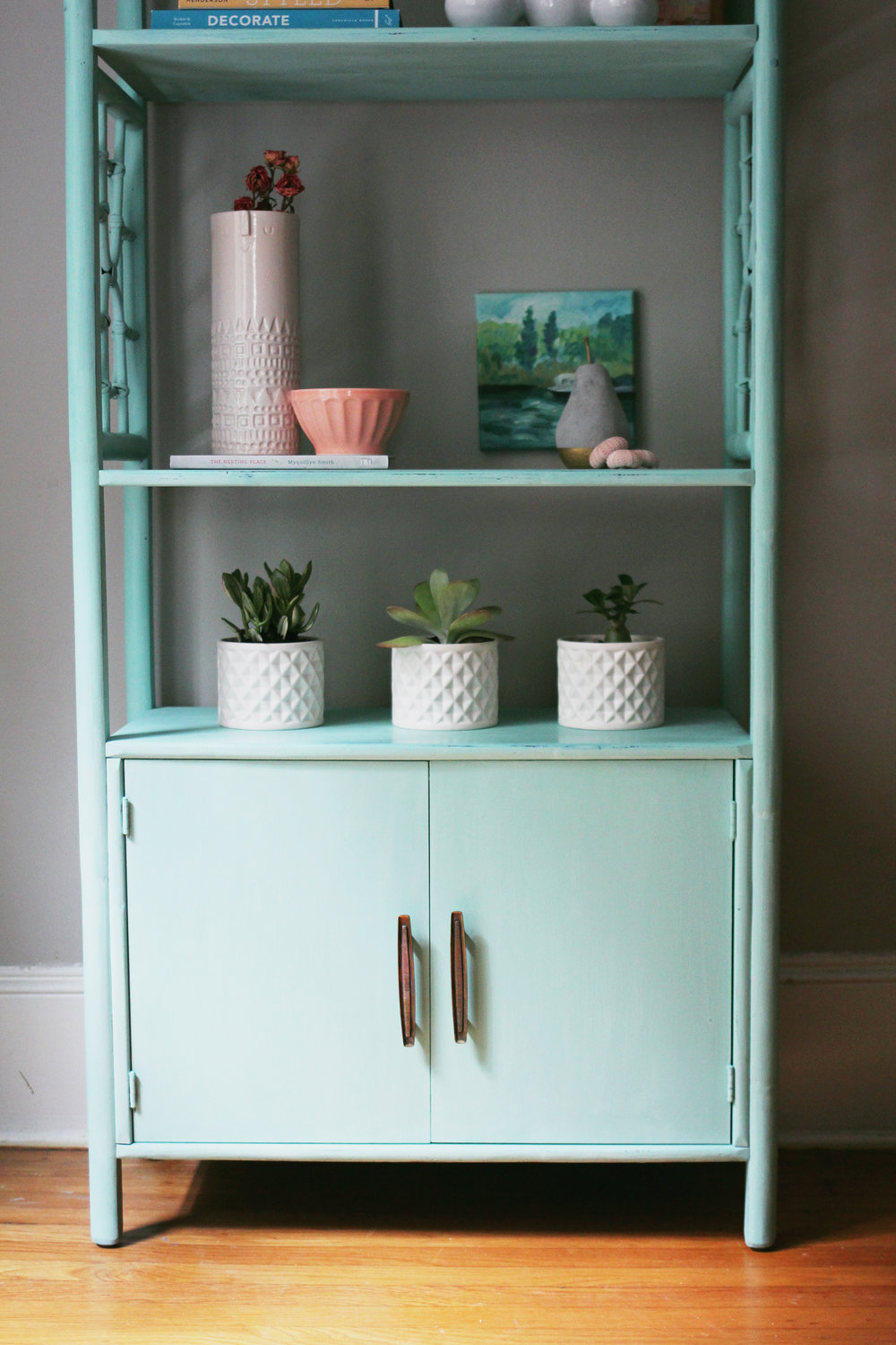 know how and diy bookcase paint skills bookcases apply green coat a treatment of faux painting to pearl tos base