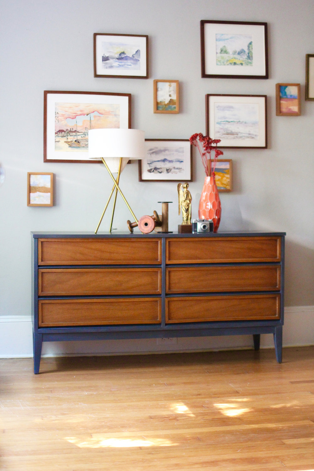 jo-torrijos-a-simpler-design-atlanta-painted-furniture-annie-sloan-graphite-mid-century-dresser-wood-and-gray-paint-1.jpg