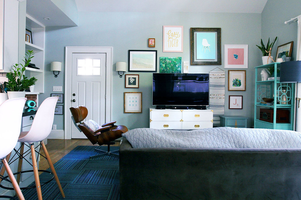jo-torrijos-a-simpler-design-atlanta-modern-great-room-16.jpg