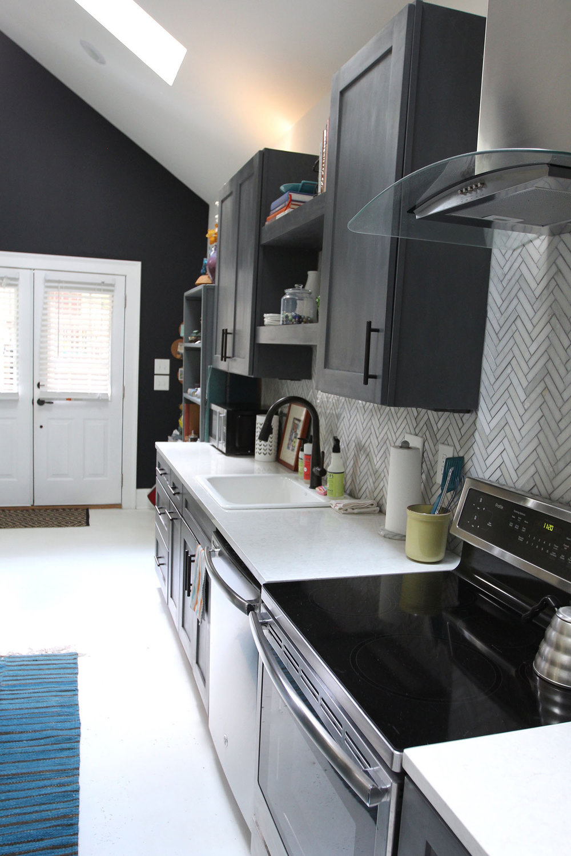 jo-torrijos-states-of-reverie-atlanta-airbnb-modern-bungalow17.jpg