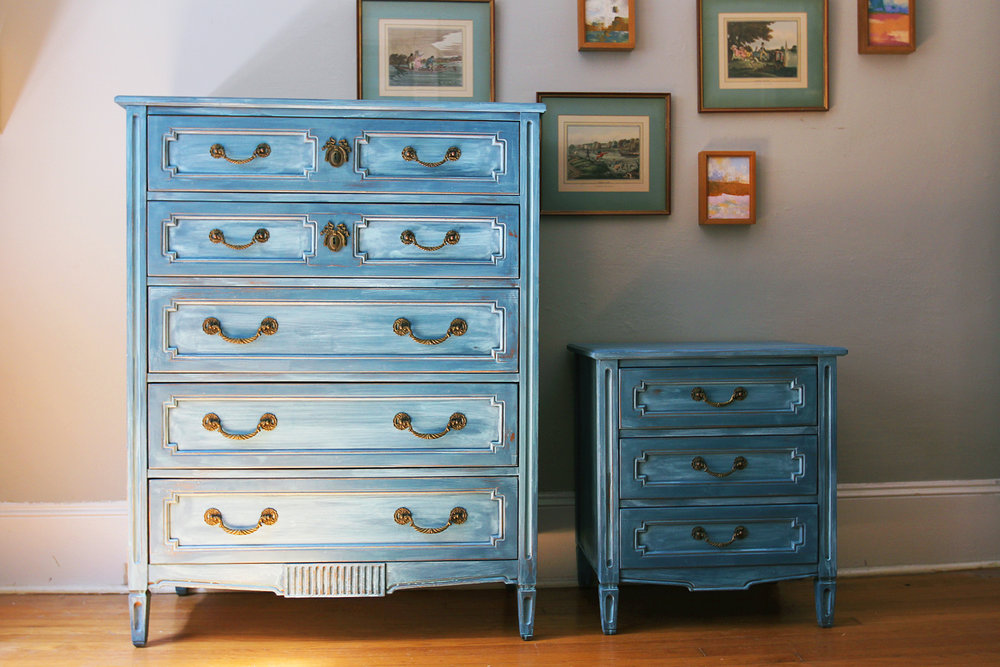 Creating a Blended Paint Finish with Two Colors: Aubusson Blue and ...