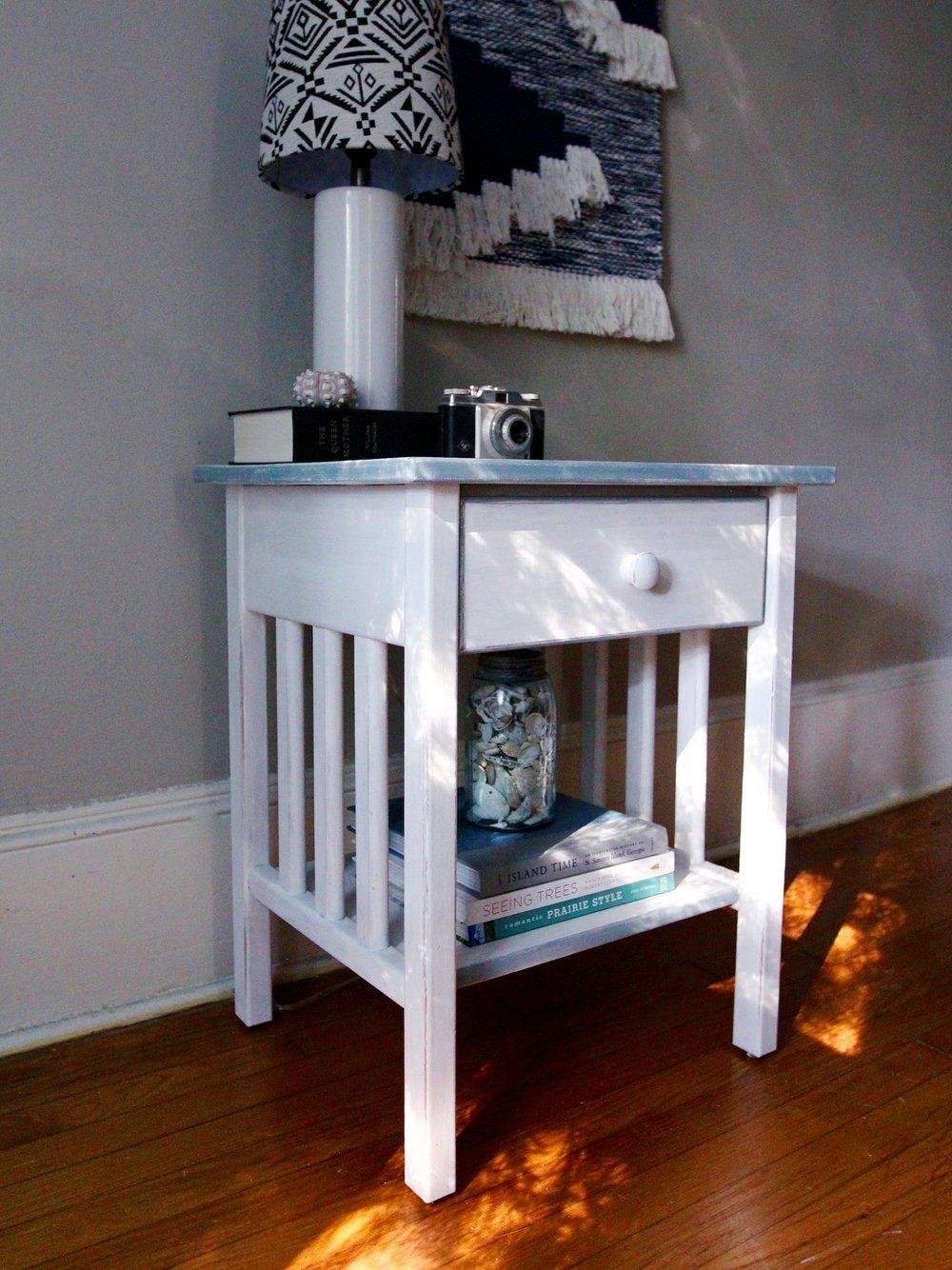 jo-torrijos-a-simpler-design-annie-sloan-pure-white-gray-trim-nightstand-atlanta-painted-furniture-4.jpg