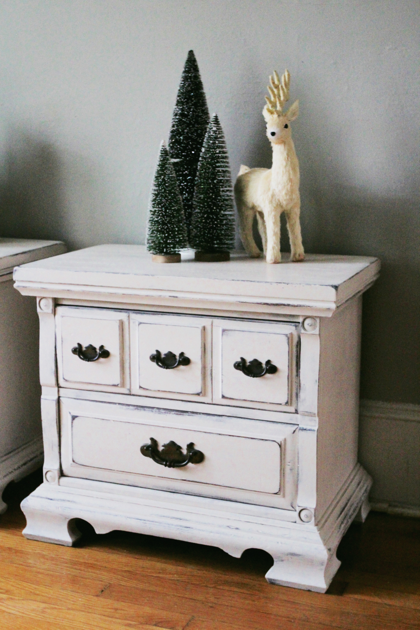 jo-torrijos-a-simpler-design-atlanta-painted-furniture-white-distressed-nightstands-4.jpg